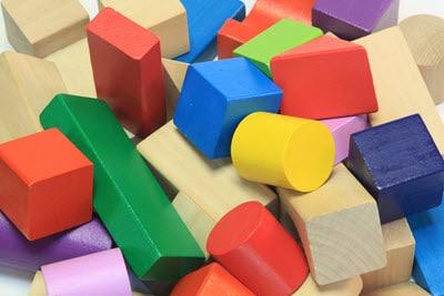 Bauklötze gehören in jedes Kinderzimmer