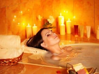 Moderne Badewannen laden zum Entspannen ein