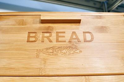 Brotkiste aus Holz
